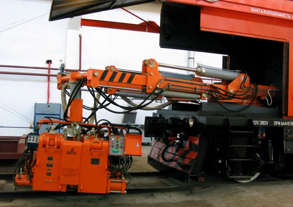 КРС-1 Self-propelled rail welding machine - KZESO